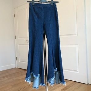 Zara destroyed flare jeans pants size XS